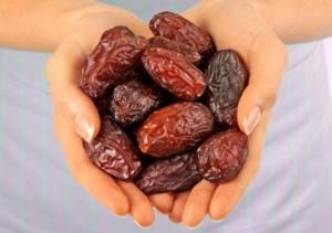 Ягоды жизни — финики: что это за плоды, чем полезны, как их употреблять?